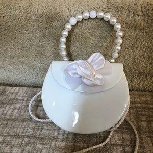 White patent purse